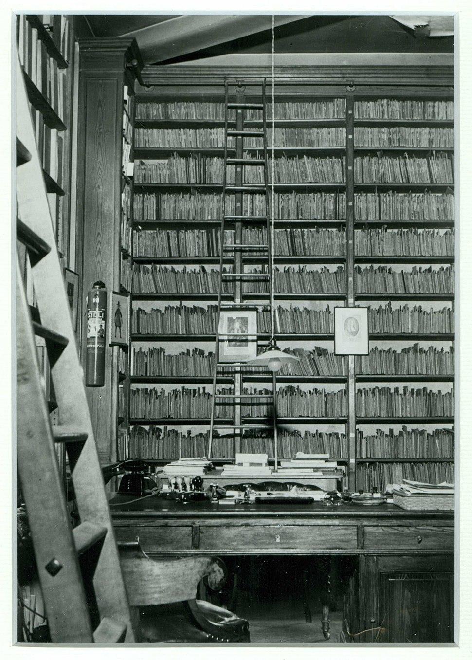 CRB - Biblioth%C3%A8que