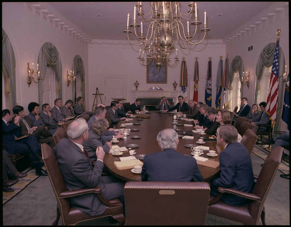 Cabinet Meeting with Jimmy Carter - NARA - 177955