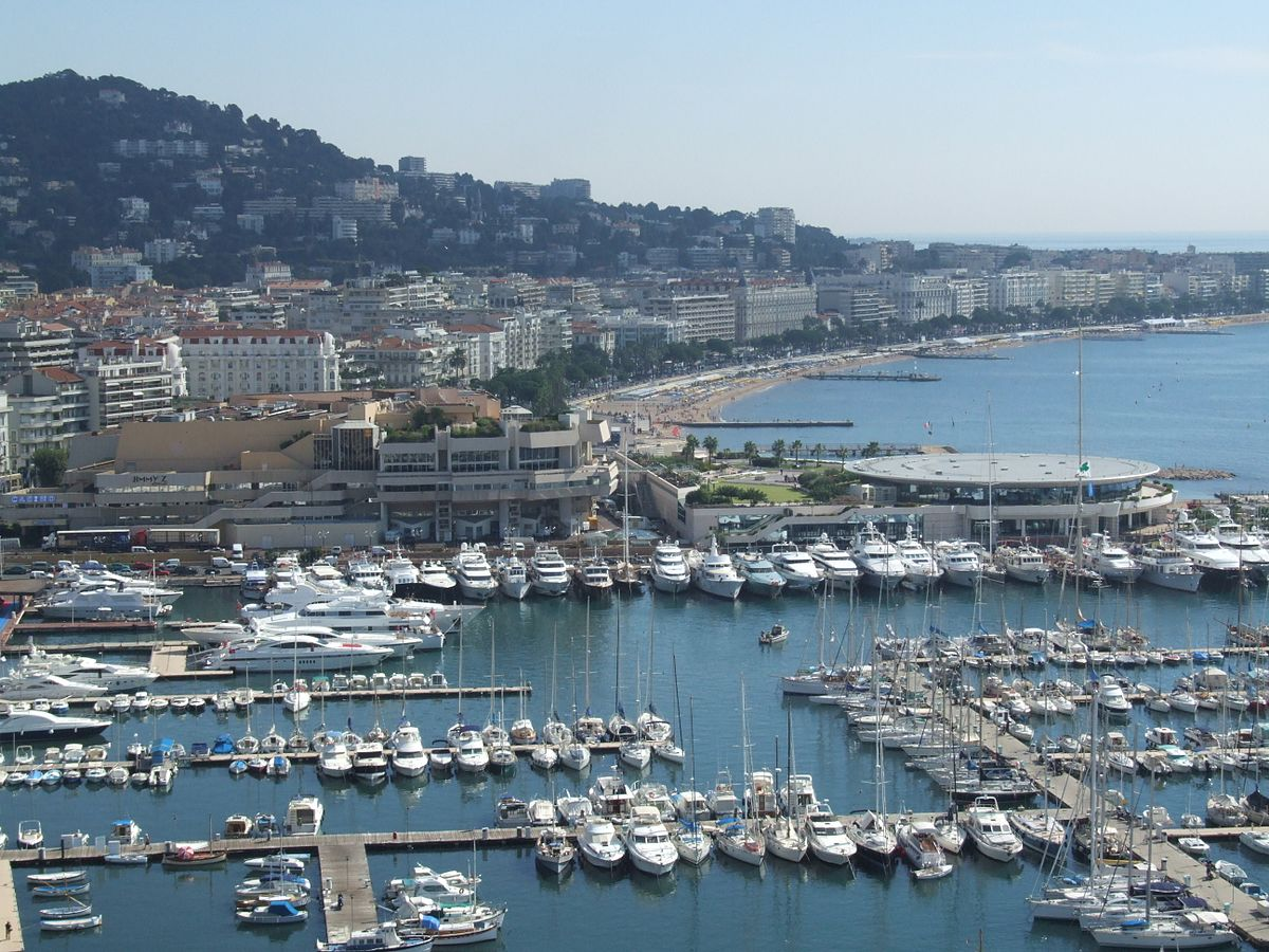 Cannes wikip dia for Warnemunde appartements