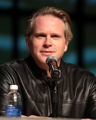 Serbs in the United Kingdom - Image: Cary Elwes by Gage Skidmore 2