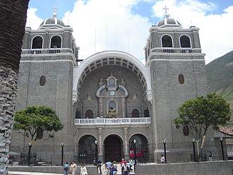Otuzco Province - Image: Cathedral in Otuzco