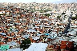 Barrio de infraviviendas, llamadas ranchos, ubicadas en el Municipio Libertador de Caracas