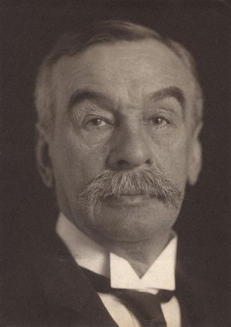 Charles Ritchie, 1st Baron Ritchie of Dundee - Image: Charles Thomson Ritchie headshot