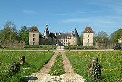 Chateau de Commarin1.jpg