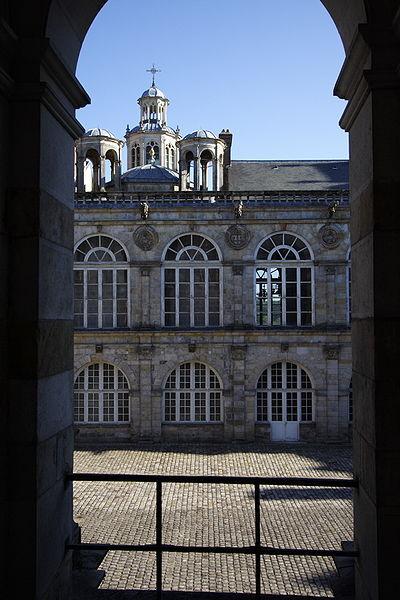 Fichier:Chateau de Fontainebleau FRA 024.JPG