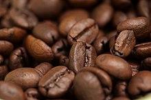 Biji kopi yang telah dipanggang