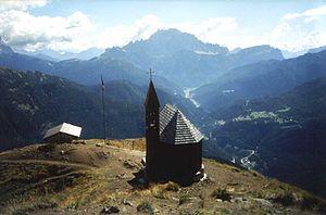 Col di Lana - Col di Lana, war memorial chapel
