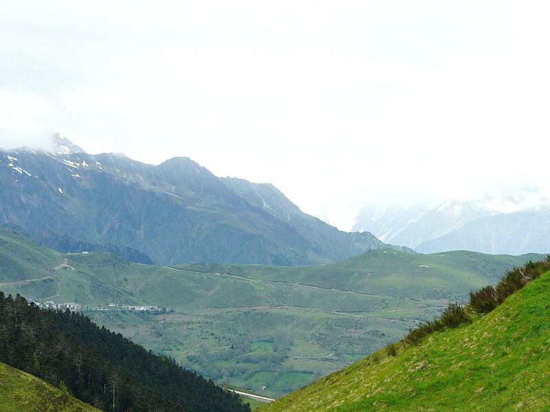 File:Col de Peyresourde versant HP.JPG