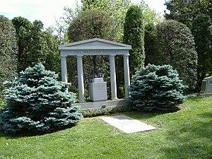 Cave Hill Cemetery - Colonel Sanders gravesite