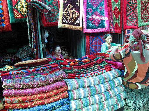 Colorful blankets (3992598842)