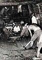 Contrução de túnel durante 2 guerra mundial.jpg
