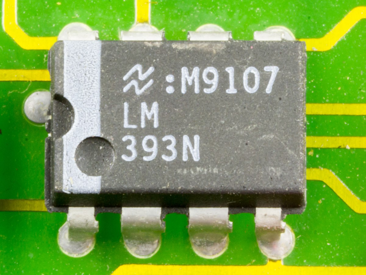 List Of Lm Series Integrated Circuits Wikipedia Lm317 Voltage Regulator Calculator Electronic Schematics