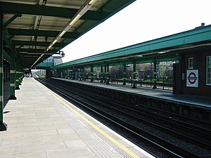 Dagenham East tube station - The through platforms following refurbishment