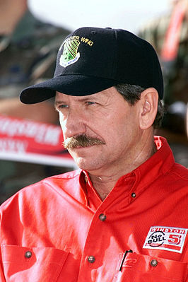 Earnhardt in 2000
