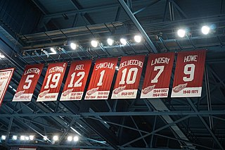 Retired number Honor in team sports