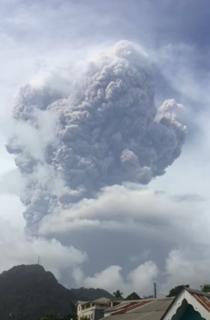 2021 eruption of La Soufrière Volcanic eruption in the Caribbean