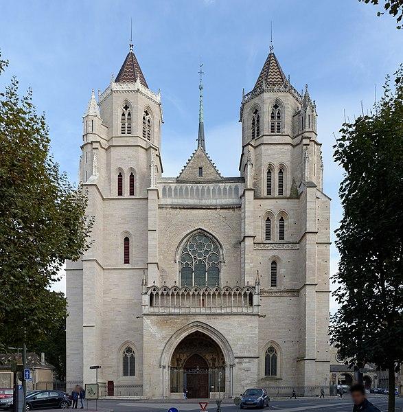 File:Dijon Cathédrale Saint-Bénigne 52.jpg
