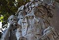 Dolçainer i tabaleter decapitat al monument a Teodor Llorente, València.JPG