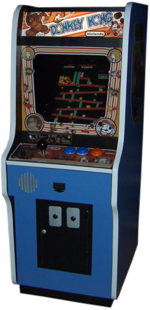 Donkey Kong (video game) - Small model based on original arcade cabinet