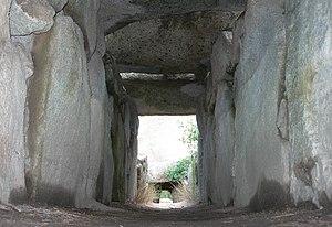 Giants' grave of S'Ena'e Thomes - Image: Dorgali 01