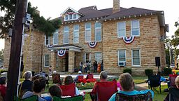 Downtown Mountain View, AR 021.jpg