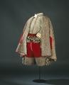 Dräkt i rött och silvertyg som tillhört Karl X Gustav - Livrustkammaren - 56598.tif