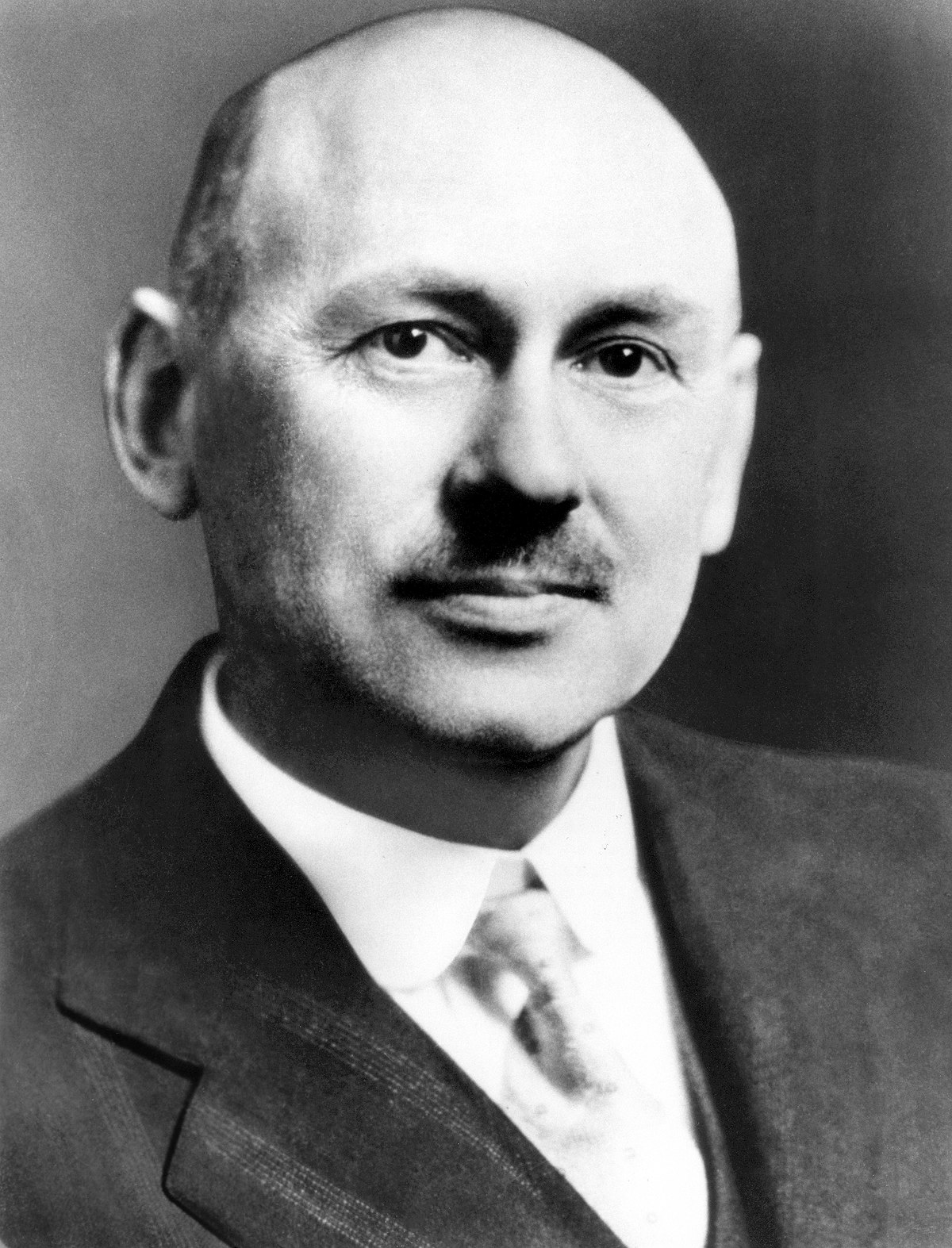 robert goddard height