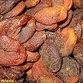 Dried unbleached peaches (3076407313).jpg