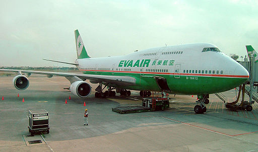EVA 747-400 B-16412