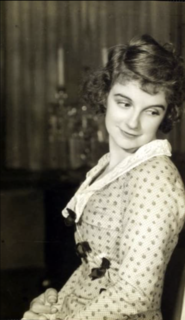 Edith Barrett American actress