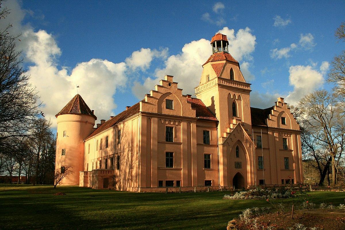 Px Edole Castle
