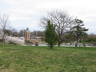 Eisenhower Park - Veterans Memorial