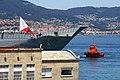 "El ""Juan Carlos I"" L-61 zarpa de Vigo (48180936036).jpg"
