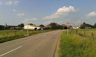 Auzainvilliers - The road into Auzainvilliers