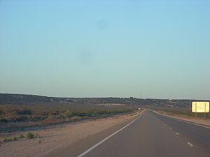 Eucla, Western Australia - Image: Euclapastfrom west