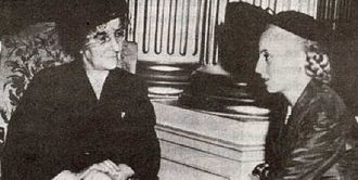 Golda Meir - Golda Meir talks with Eva Perón in Argentina, 1951.
