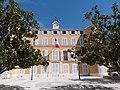 Façade principale de la mairie de Gémenos.jpg