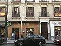 Farmacia de 1883, calle de Fernando el Santo 3.jpg