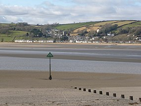 Ferryside, groyne and beacon - geograph.org.uk - 1179270.jpg