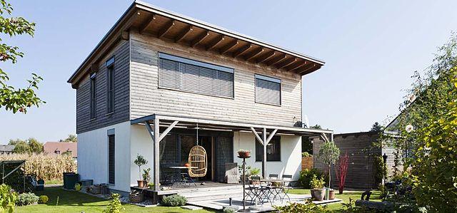 datei fertighaus mit wikipedia. Black Bedroom Furniture Sets. Home Design Ideas