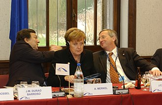 Jean-Claude Juncker - Juncker with Angela Merkel and José Manuel Barroso