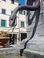 Fontana di Piazza Tanucci, particolare.jpg