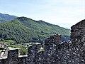 Fortezza delle Verrucole mura con bastioni particolare.jpg