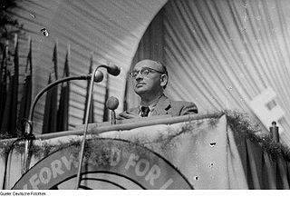 Gerhart Eisler German politician