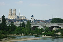 France Orleans Cathedrale Pont Georges V 01.JPG