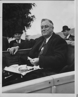 1937 in the United States - President Roosevelt at the Grand Coulee Dam in Washington, 1937