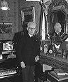 Fred Roeske thuis in verband met 80e verjaardag, Bestanddeelnr 903-0715.jpg