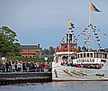 Free steam boat rides during Steam Boat Day in Vaxholm - panoramio.jpg