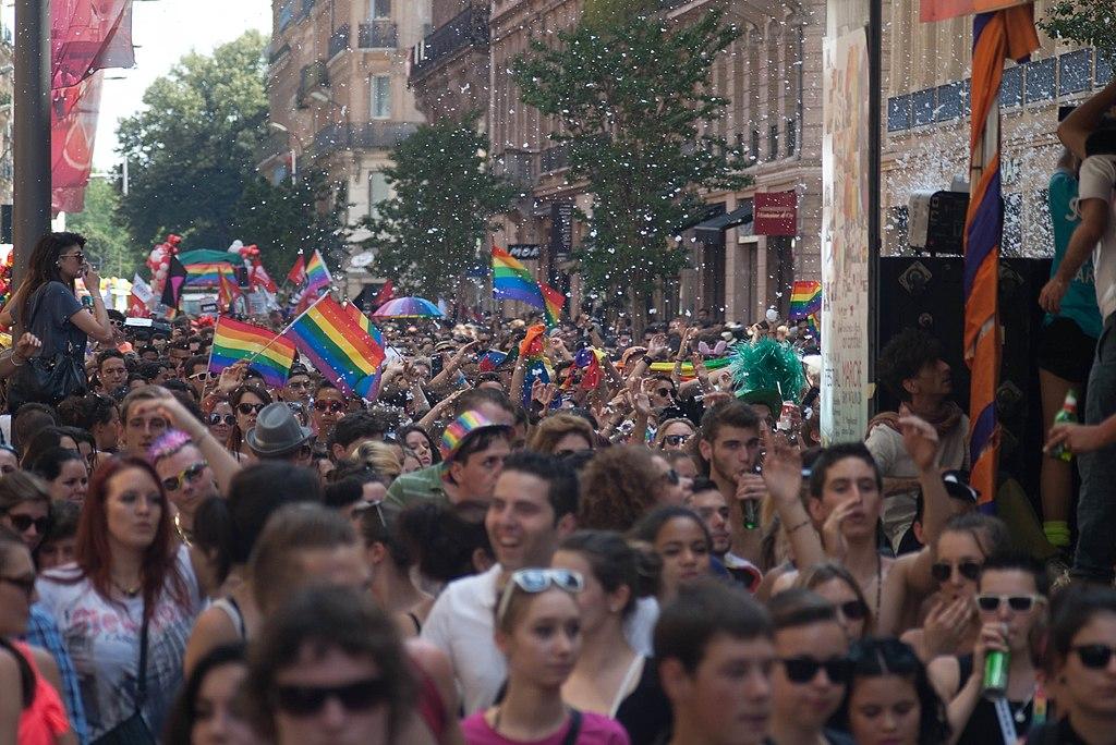 rencontre toulouse gay à Franconville