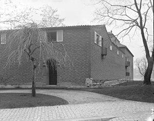 Villa Geber - Image: Geber behind
